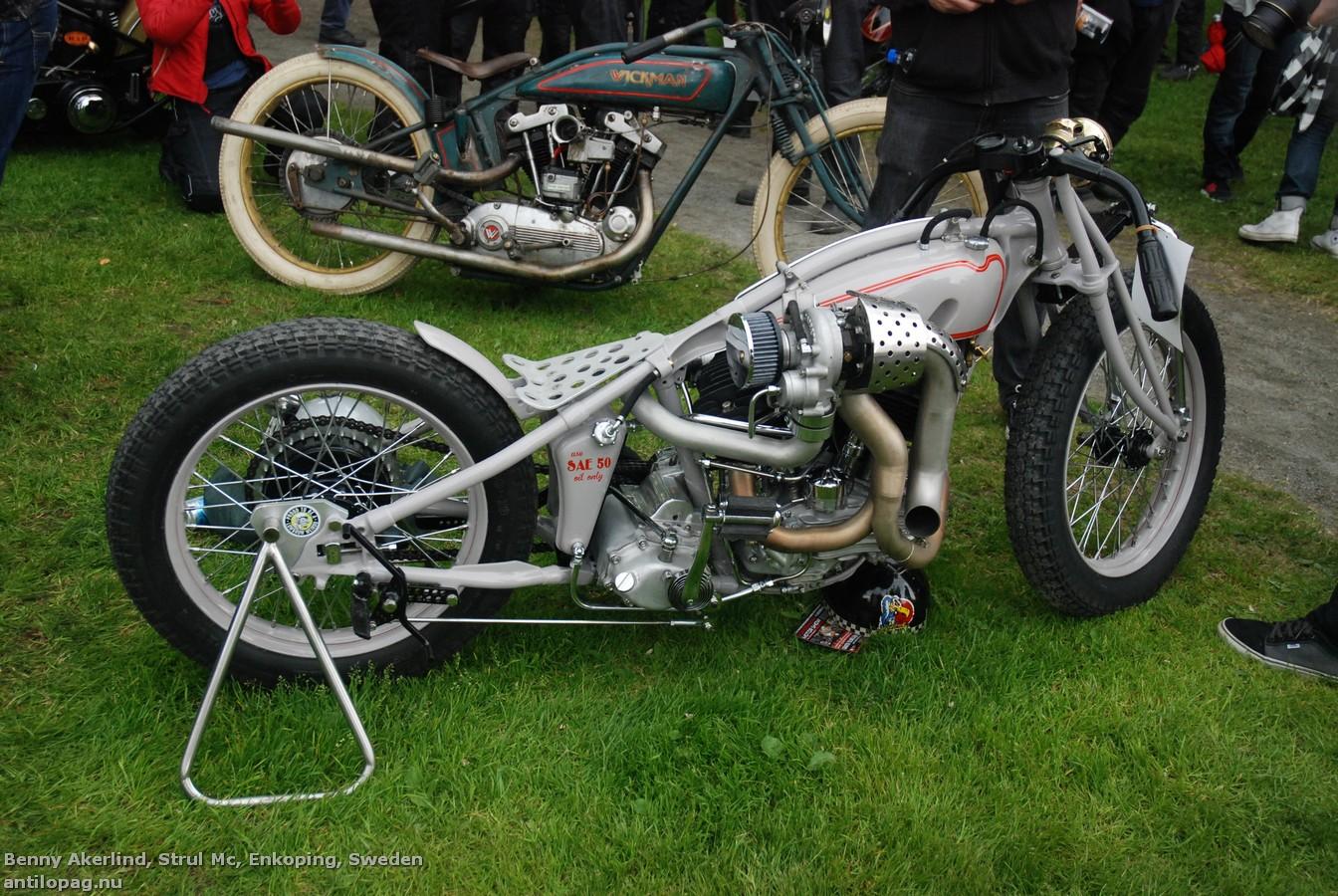 Третье место в категории мотоциклов Классик Кастом на кастомбайк-шоу в Норртелье 2013